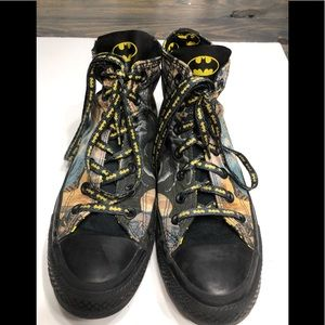 Unisex Converse Batman Hightop in EUC